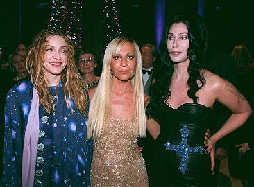 Madonna, till vänster, Donatella Versace, i mitten och Cher. Foto: Scanpix