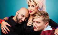 Programledare fr vänster: Ehsan Noroozi, Kitty Jutbring och Henrik Torehammar. Foto: Nils Bergendal
