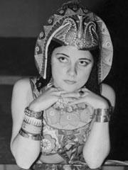 Kvinna utklädd till Kleopatra. Foto: SVT Bild.