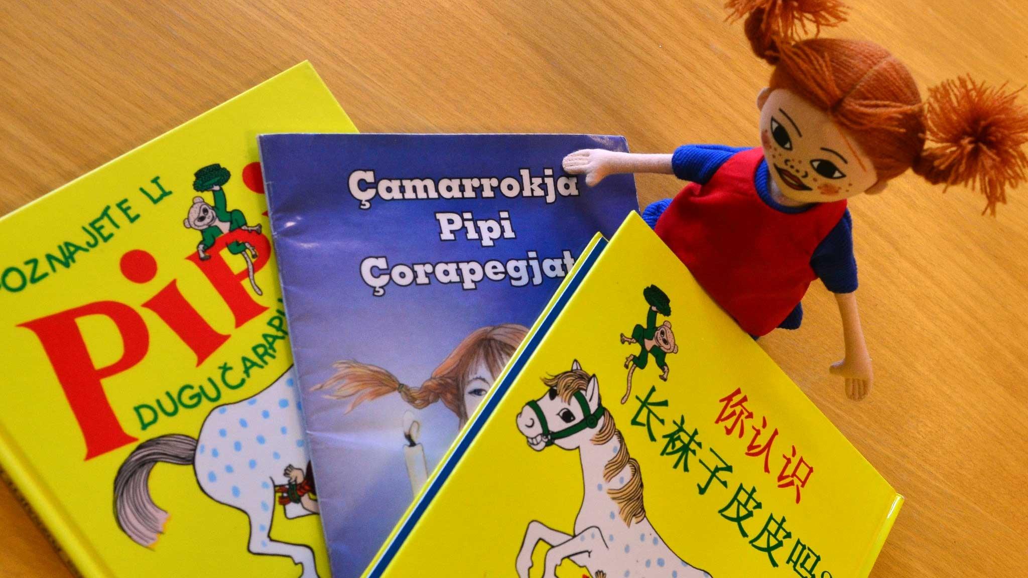 Kielihullu Karolina yllyttää kielten opiskeluun