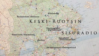 Keski-Ruotsin Sisuradiossa kuuluvat ihmiset ja tapahtumat seitsemästä läänistä Taalainmaan tuntureilta Itämeren rannoille//Här hörs folk och händelser i sju län från Dalafjällen till Östersjöns stränder.
