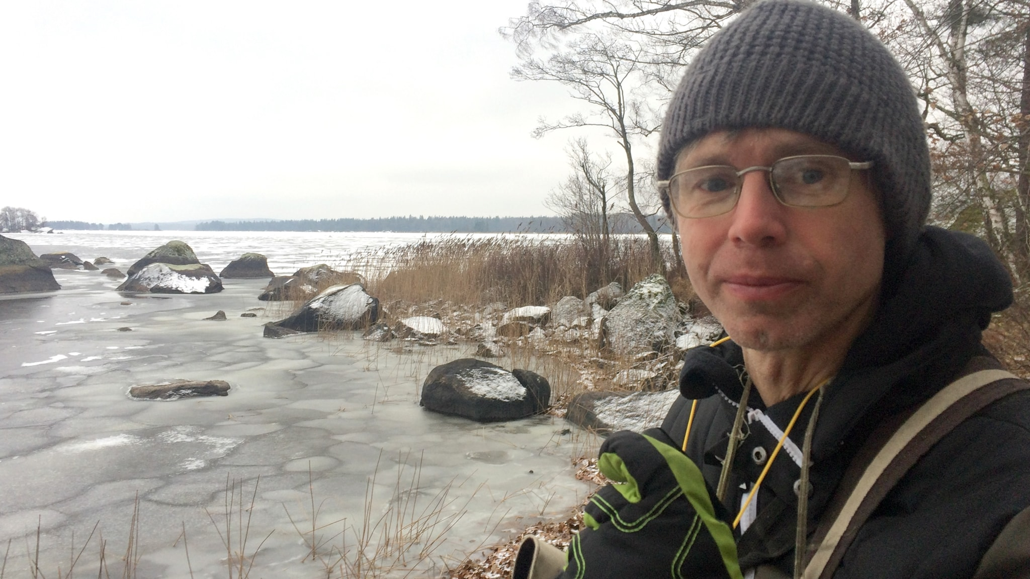 Vintermorgon vid Åsnen och sommaren med vitryggen