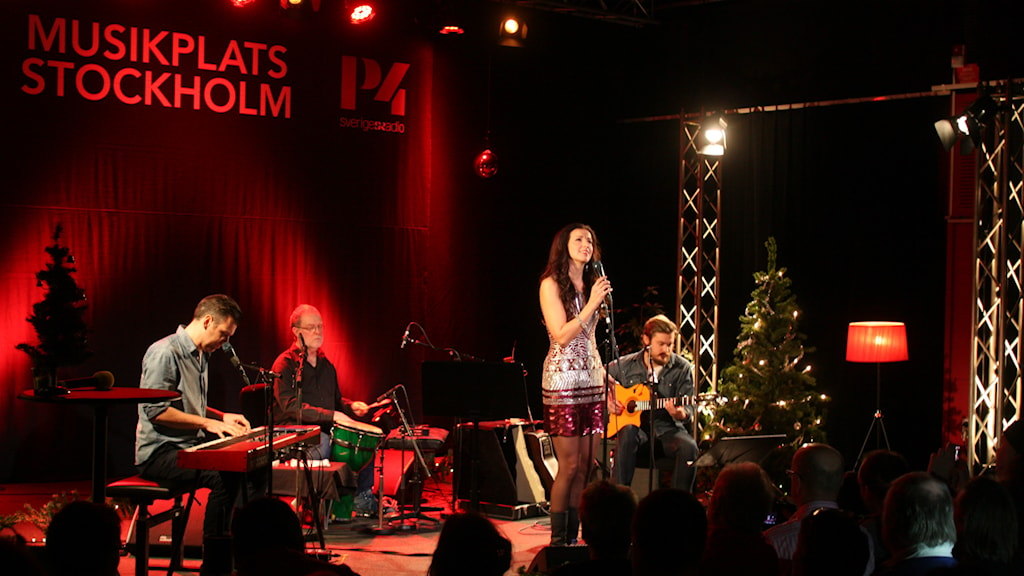 A festive performance by Sonja Aldén in Stockholm's Broadcasting House. Photo: Lars-Åke Gustavsson/Sveriges Radio