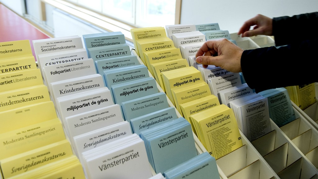 Valsedlar. Foto: Pontus Lundahl/TT