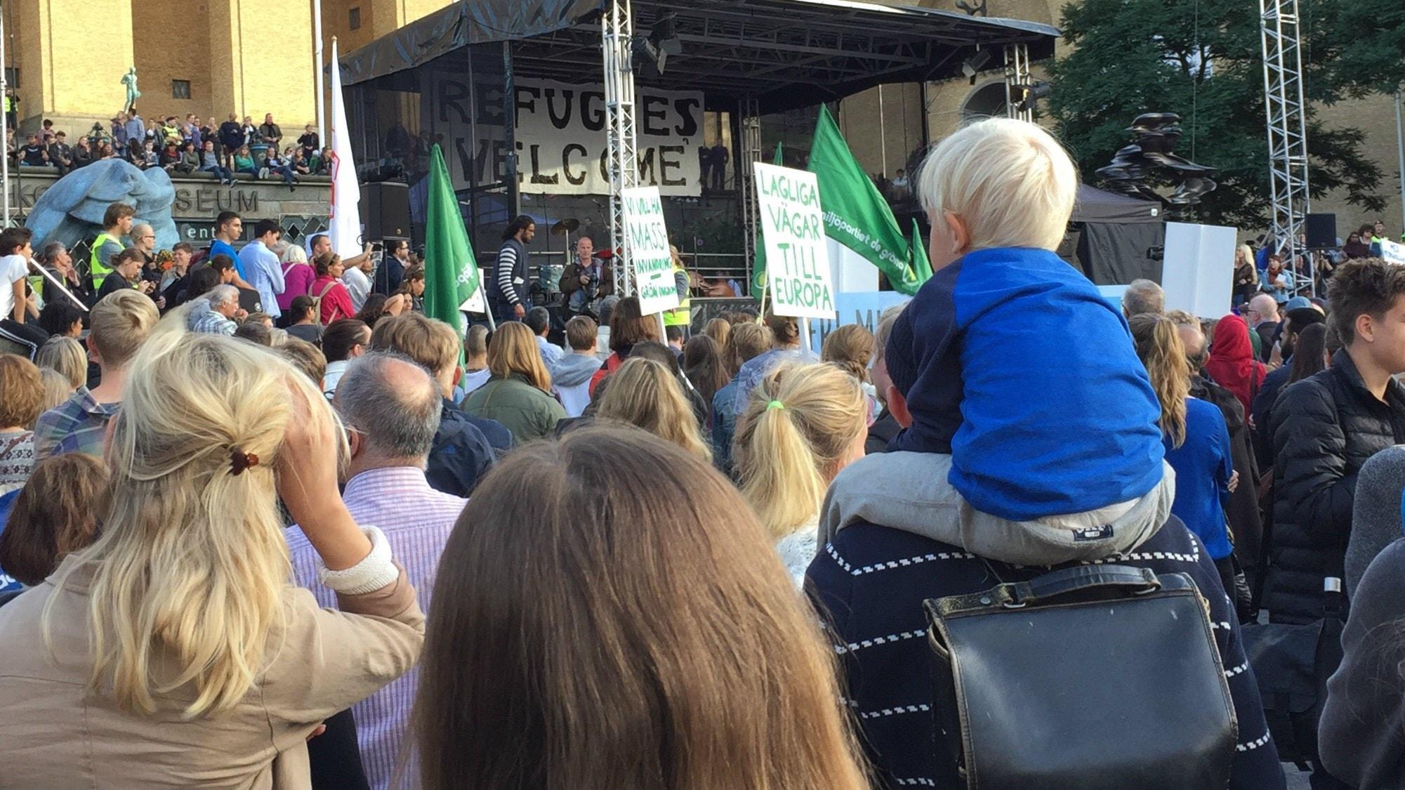 Flyktvägen i God morgon världen: Om opinion och drömlandet Tyskland