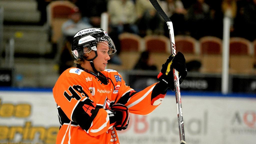 Filip Cruseman, KHK gjorde två mål när KHK vann mot Timrå. Foto: Oscar Anderberg