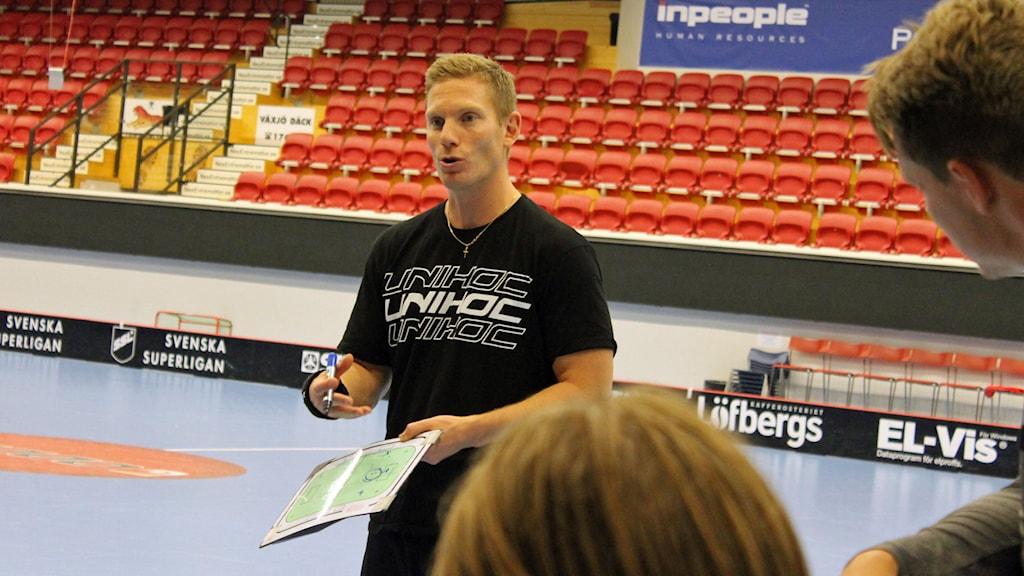Niklas Nordén, tränare i Växjö Vipers. Foto: Anna Tigerström/Sveriges Radio