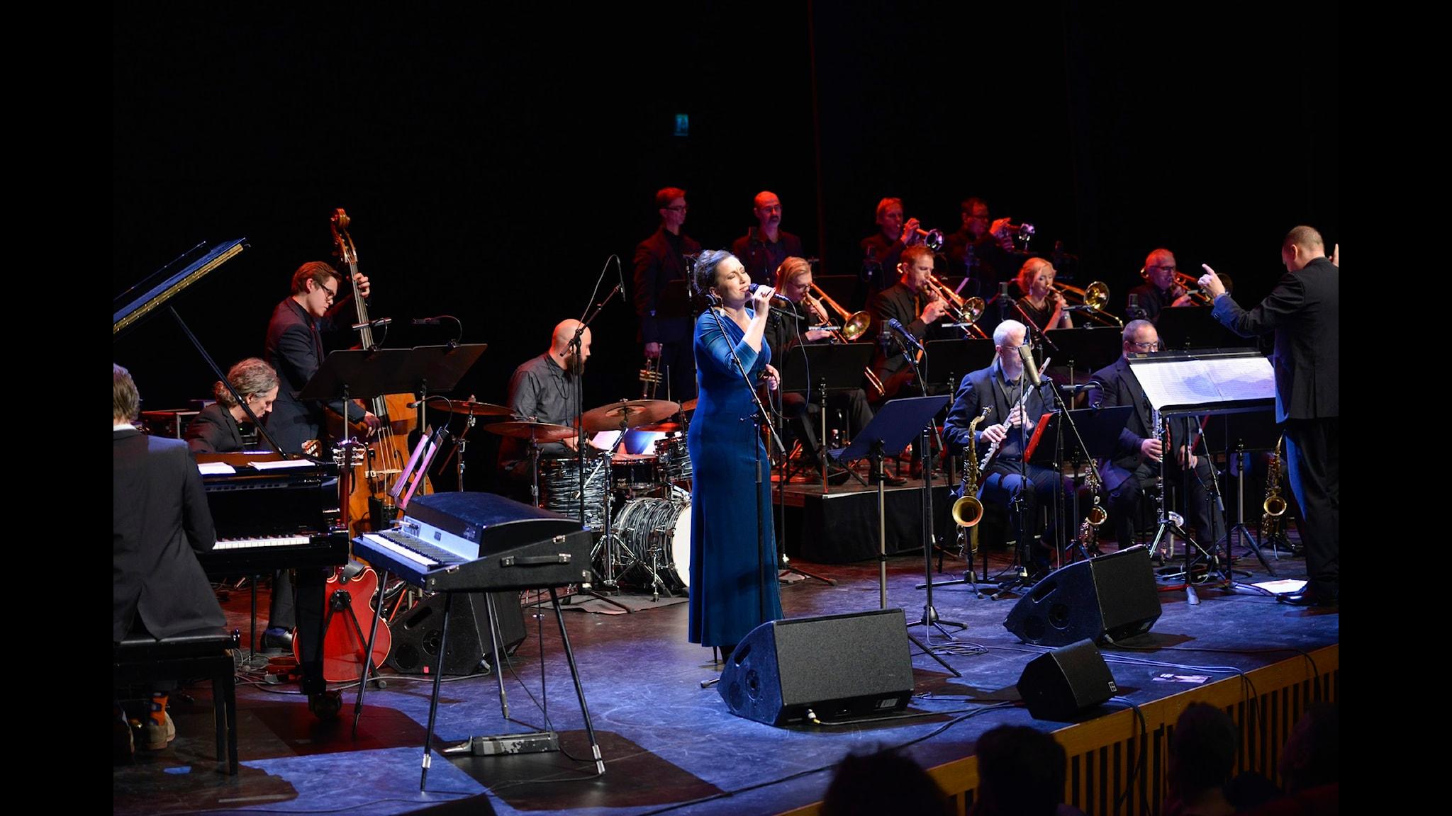Vi önskar Gott Nytt År med Lisa Nilsson och Norrbotten Big Band