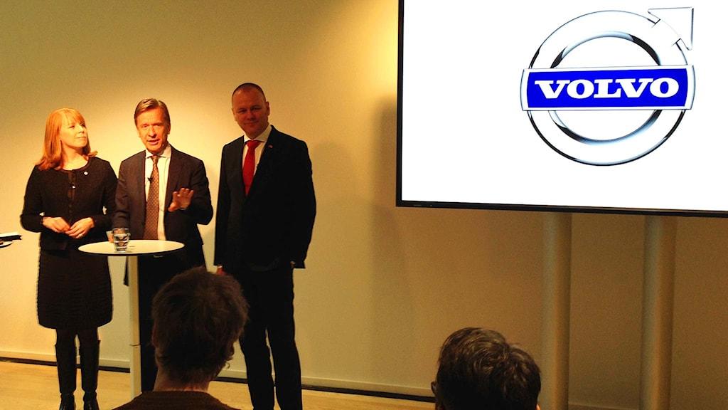 Annie Lööf, Håkan Samuelsson och Mats Fägerhag. Foto: Victor Jensen/Sveriges Radio.