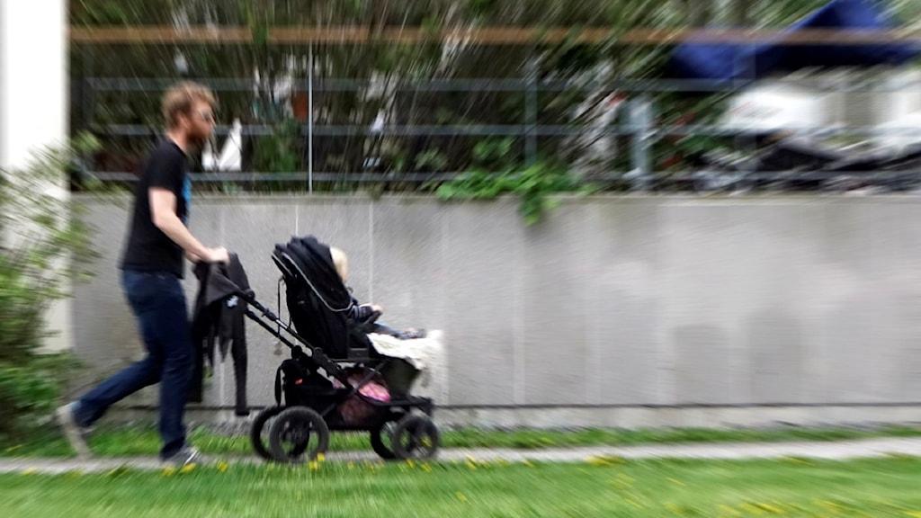 Три четверти шведских пап берут декретный отпуск