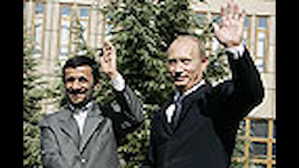 Putin besöker Iran.