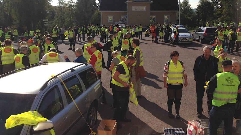 Många deltog i sökandet efter pojken i Vikmanshyttan. Foto: Eva Rehnström/Sveriges Radio.