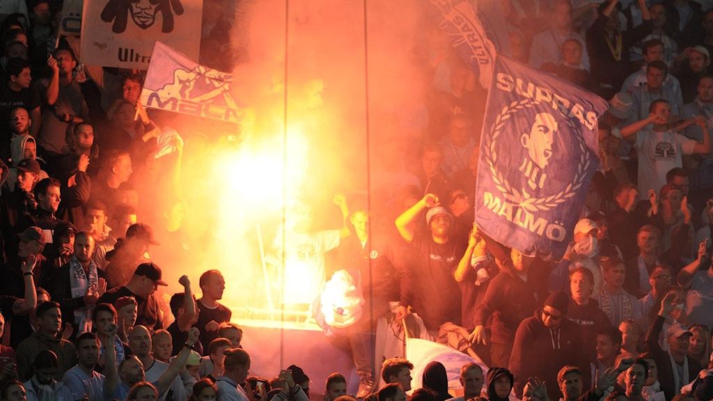 MALMÖ 20140827 Malmöklacken värmer upp inför onsdagens playoff till Champions League mellan Malmö FF och Salzburg på Malmö New Stadium. Foto: Björn Lindgren / TT