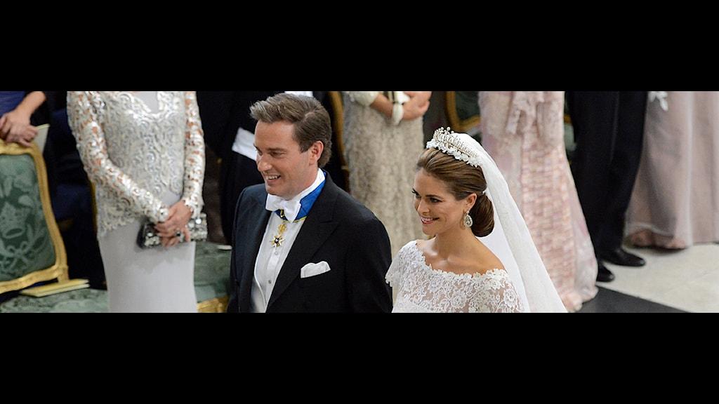 Prinsessan Madeleine och Christopher O'Neill vid altaret i Slottskyrkan. Foto: Fredrik Sandberg/scanpix.