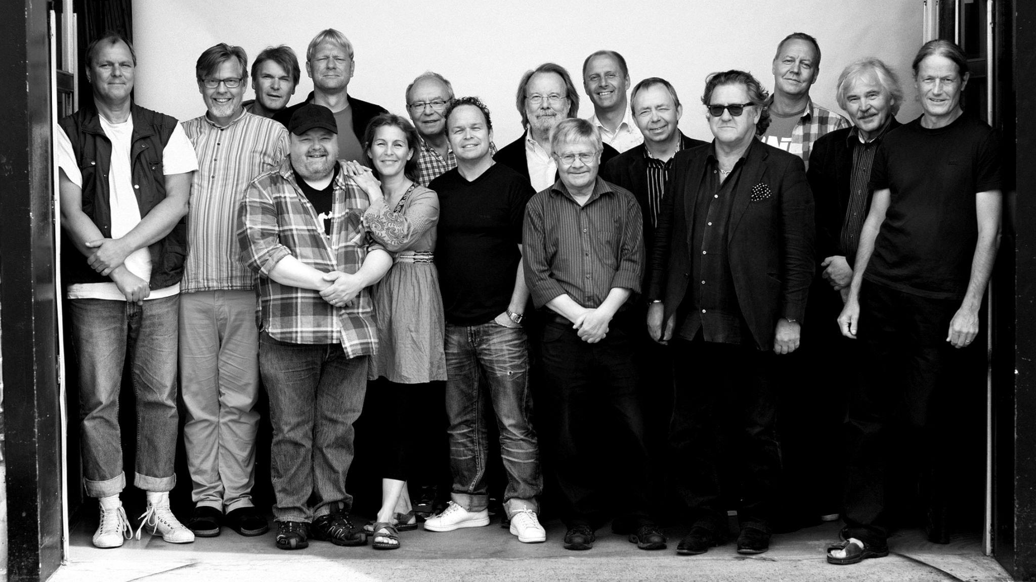 Benny Anderssons Orkester hörs ihop med Helen Sjöholm och Tommy Körberg. Michael Fannon och Simon Andersson utmanar också.