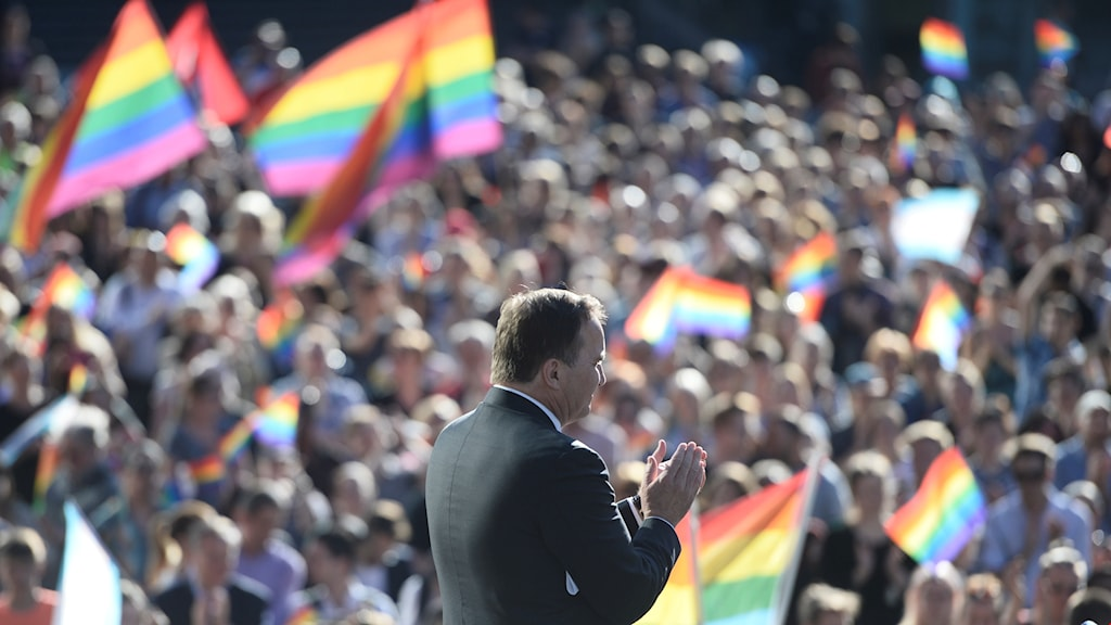 Prime Minister Stefan Löfven spoke about solidarity during the demonstration honoring the victims of the mass shooting in Orlando. Henrik Montgomery/TT