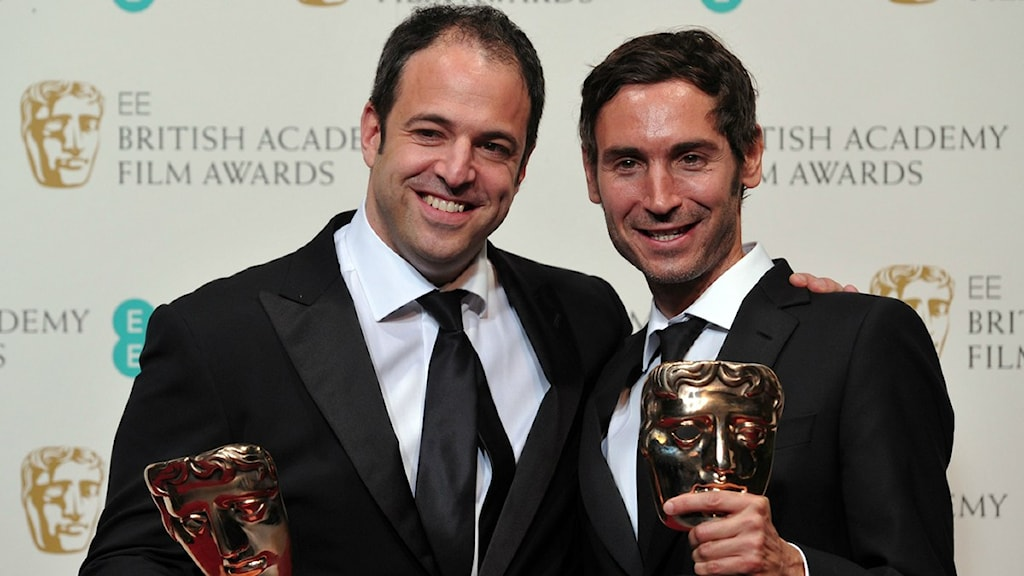 Malik Bendjelloul (R) and Simon Chinn pose with their awards for best film documentary for their work on the film Searching For Sugar Man during the annual BAFTA British Academy Film Awards, Photo: Carl Court/Scanpix