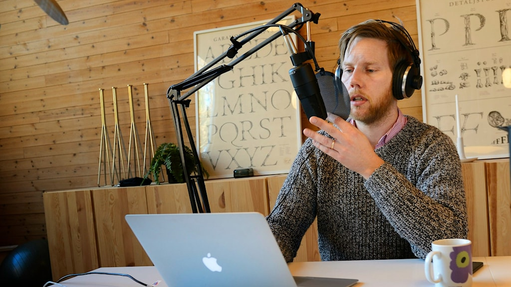 Kristoffer Triumf is the man behind the hit podcast, Värvet. Photo: Henrik Montgomery/TT