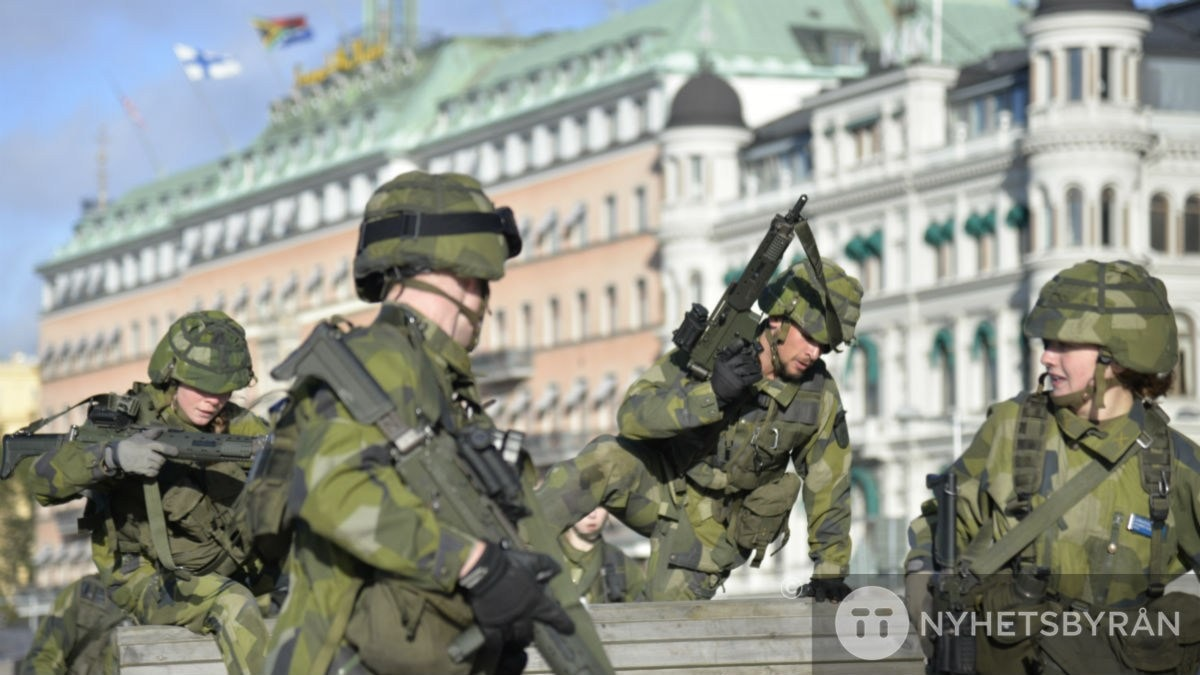 Can Sweden defend itself against an armed attack?