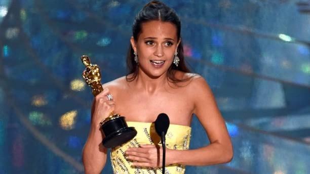 «Оскар» залучшую дамскую роль 2-го плана получила Алисия Викандер