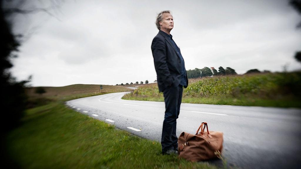 Klas Östergren är snart framme vid Akademien. Foto: Malin Hoelstad