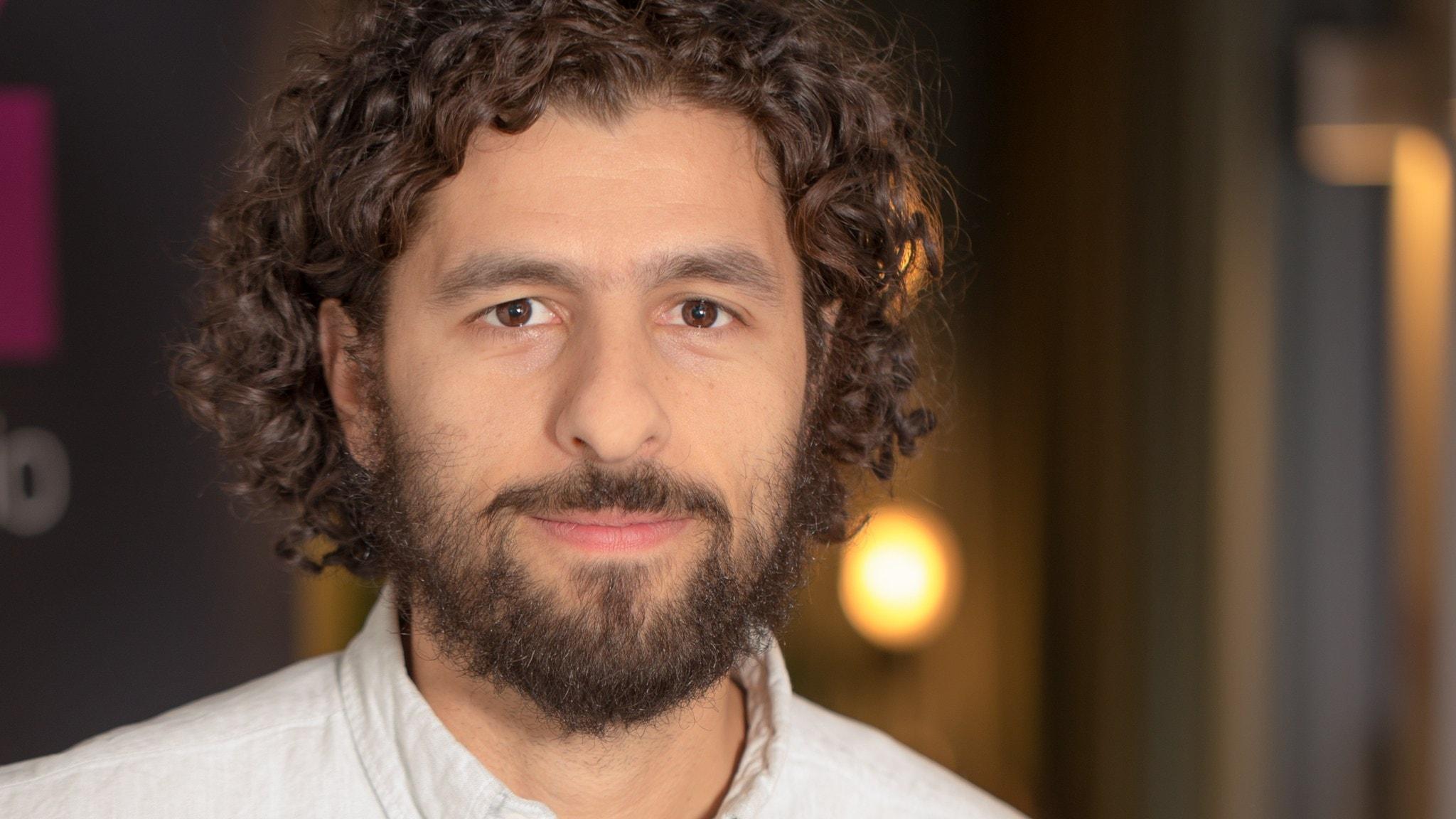 Erik möter världsturnerande artisten José Gonzales