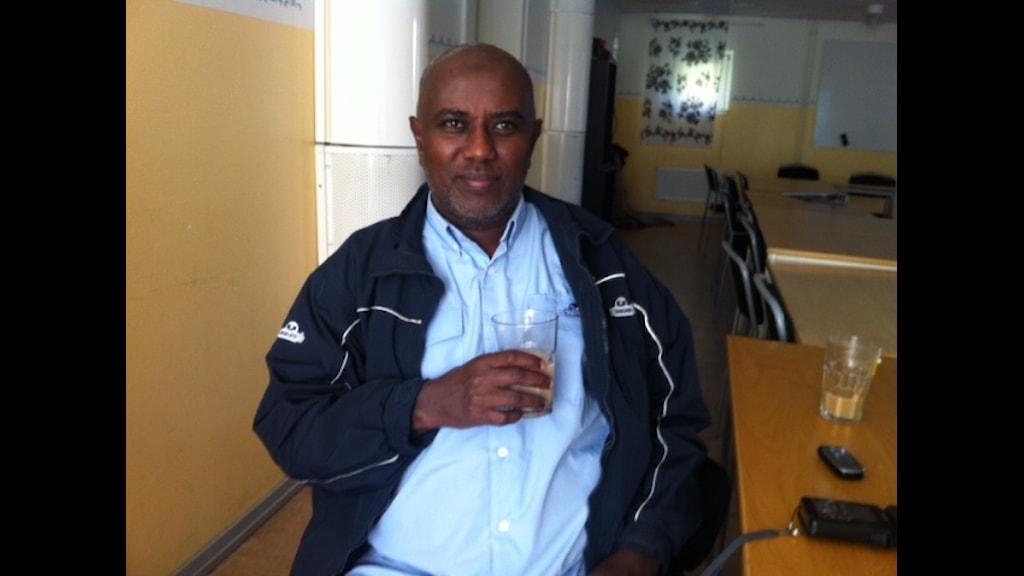 Ali Hassan Ulusow, eget företagare och S sympatisör. Foto: Kenadid Mohamed Radio Sweden/SR