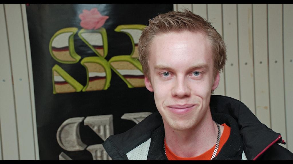 Martin Åhlin tar studenten om en månad, utan studentmössa! - 1060509_1200_645
