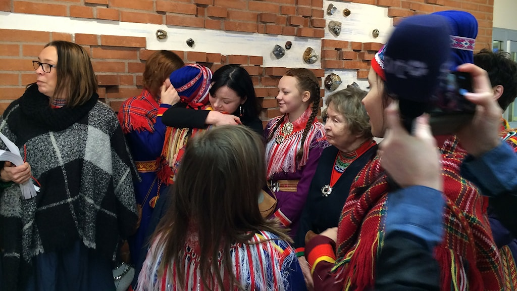 Joy after the court's decision. Photo: Anne-Ravna Allas/ Sameradion & SVT Sápmi
