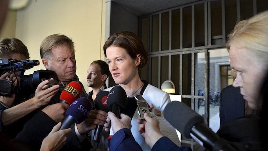 رئيسة المجموعة البرلمانية للحزب أنّا شينبيري باترا. صورة: هينريك مونتغومري/ وكالة الأنباء السويدية.