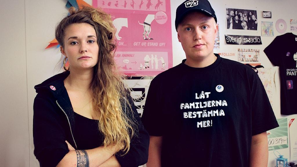 Vilma Bolding från Ung vänster Skåne och Mattias Grängzell från KD Malmö. Foto: Stephanie Londéz/SR