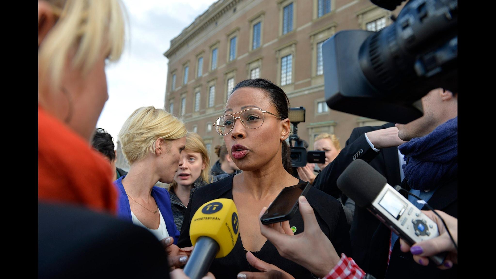 Ministern som irriterade medier och kritik mot supportergranskning