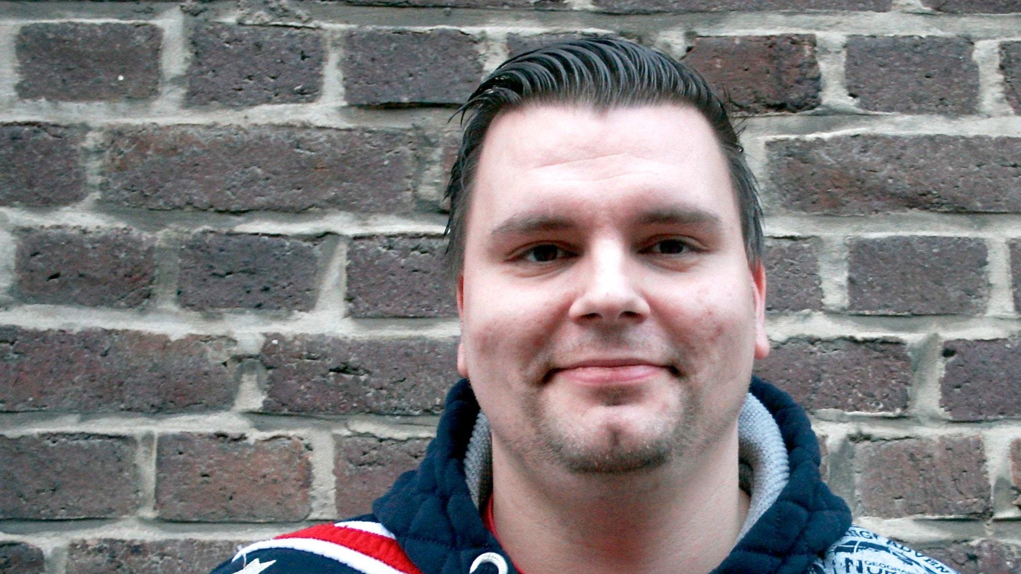 André sparkades – startar videoblogg om sin arbetsgivare