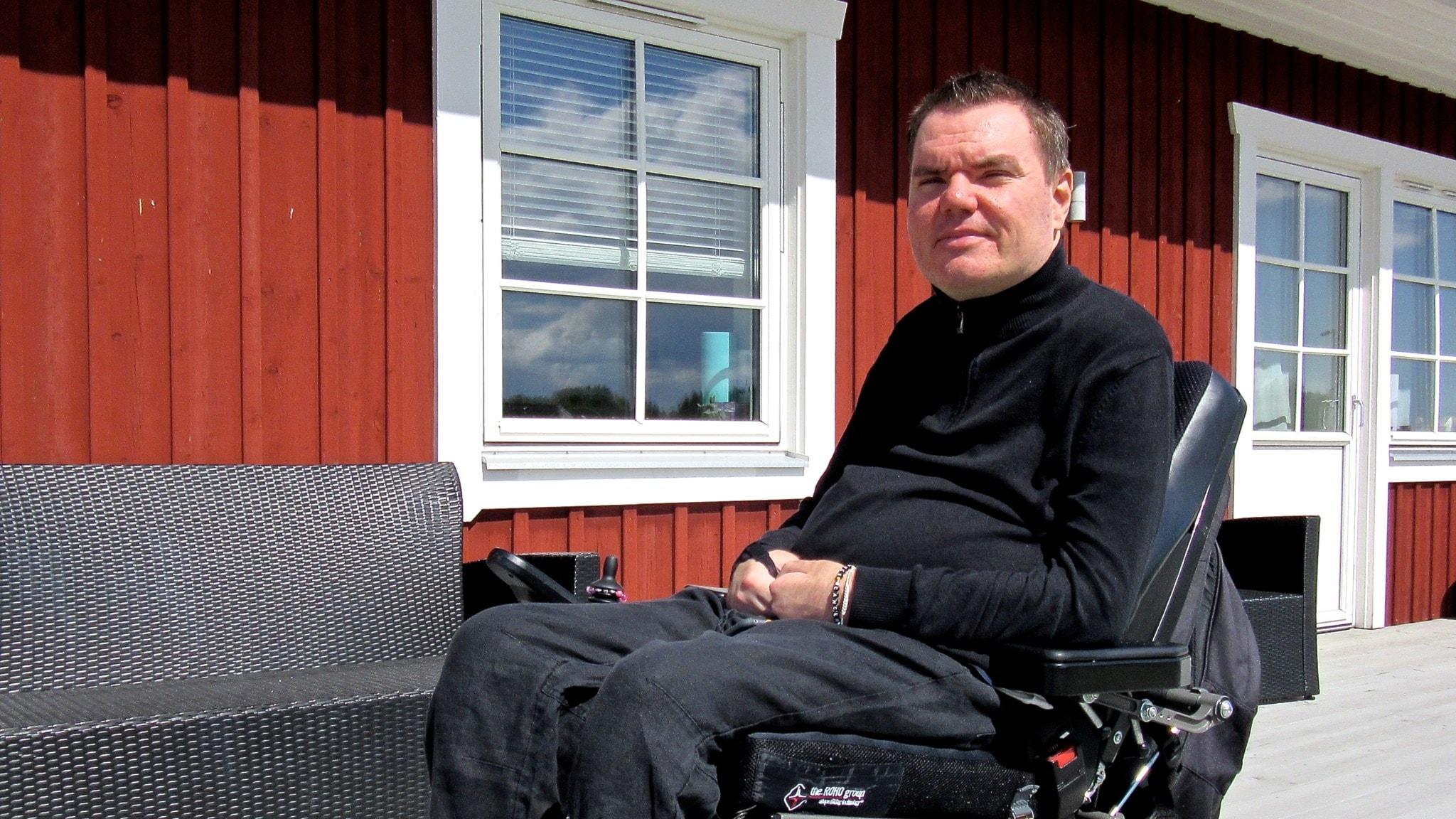 Andreas odlade cannabis mot sin smärta – åtalas