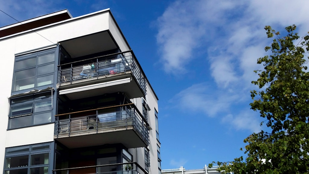 Sweden has a housing shortage and analysts fear a debt bubble. Photo: Hasse Holmberg/TT