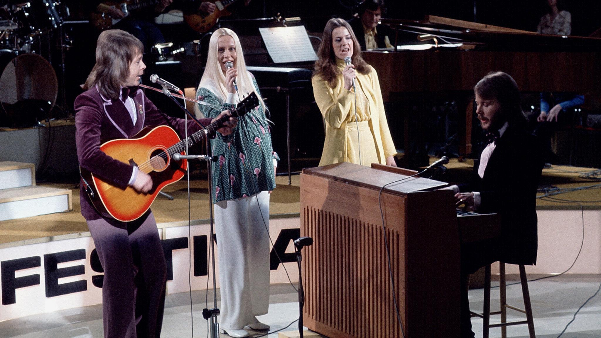 Vi är framme vid 1973 när Micke Cederberg guidar oss genom 70-talets hitlistemusik