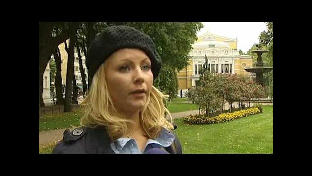 flickvän gör ingenting Ljungby