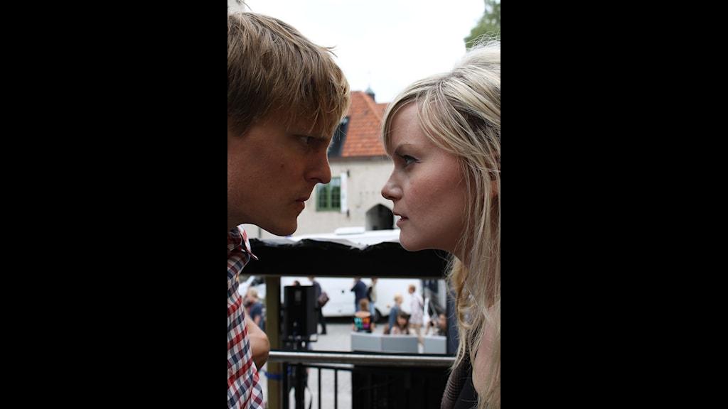 Simon och Nanna debatterar ungdomslöner. FOTO: Hanna Olsson