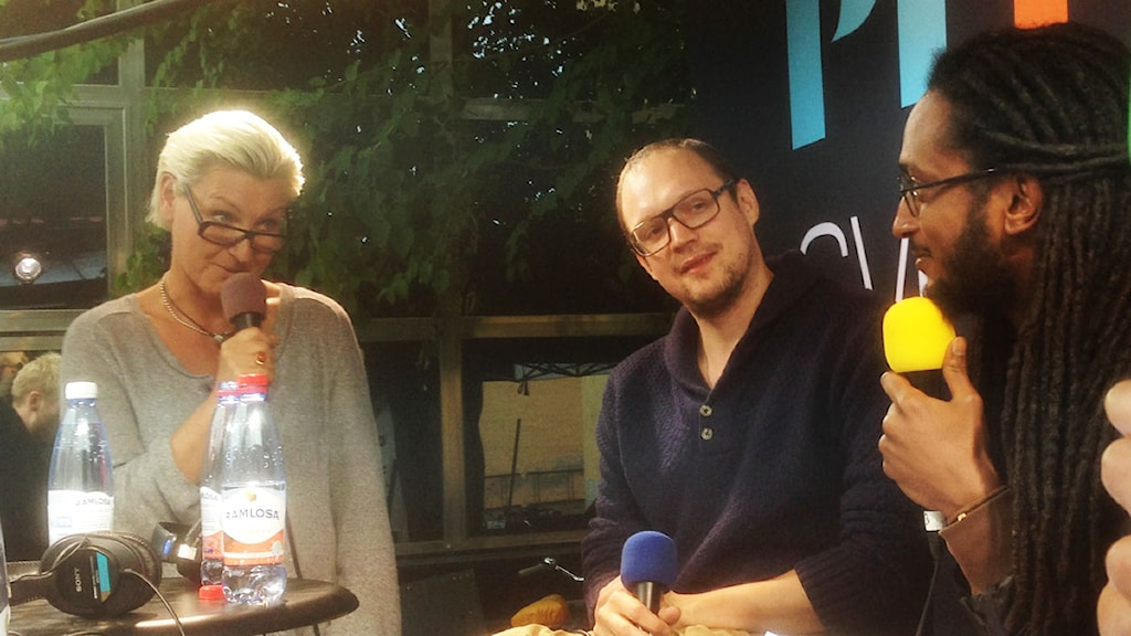 Maria Abrahamsson, Jonatan och Ahmed. Foto: Joakim Johanssson/Sveriges Radio