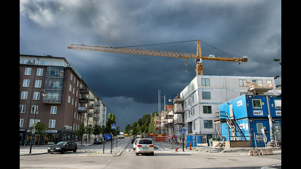 Stockholm växer och vi behöver hela tiden fler medarbetare som bygger nya bostäder, tar hand om våra barn, våra äldre och planerar utvecklingen av stadens service. Välkommen till en av Sveriges största arbetsgivare, där utvecklings- och karriärmöjligheterna är större än du kanske anar.