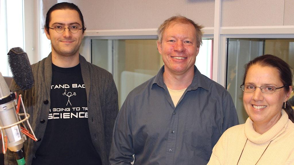 Oleg Shebanits och Anders Eriksson intervjuas av Camilla Widebeck (foto: Tim Leffler, Sveriges Radio)