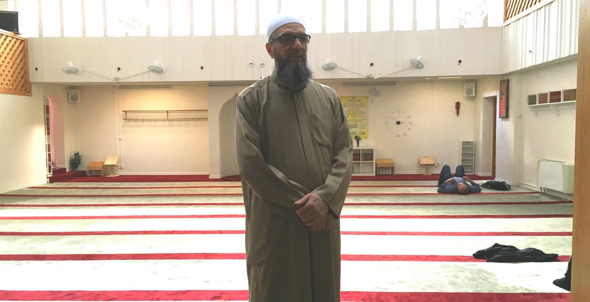 Gävlemoské sägs sprida extrem form av islam – imamen Abo Raad svarar på kritiken
