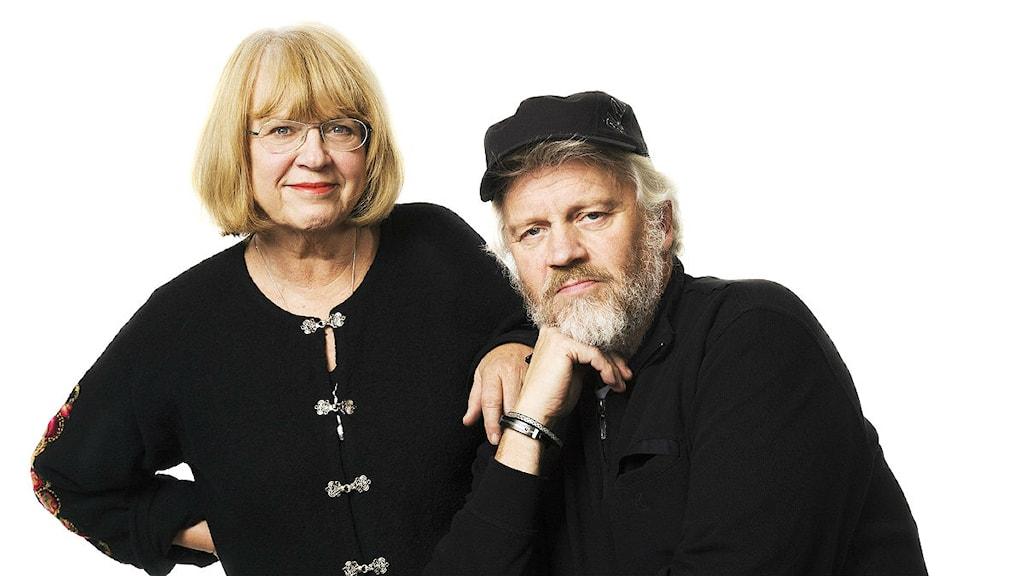 Konferenciererna Katarina Mazetti och Ronny Eriksson. Foto: Mattias Ahlm/Sveriges Radio