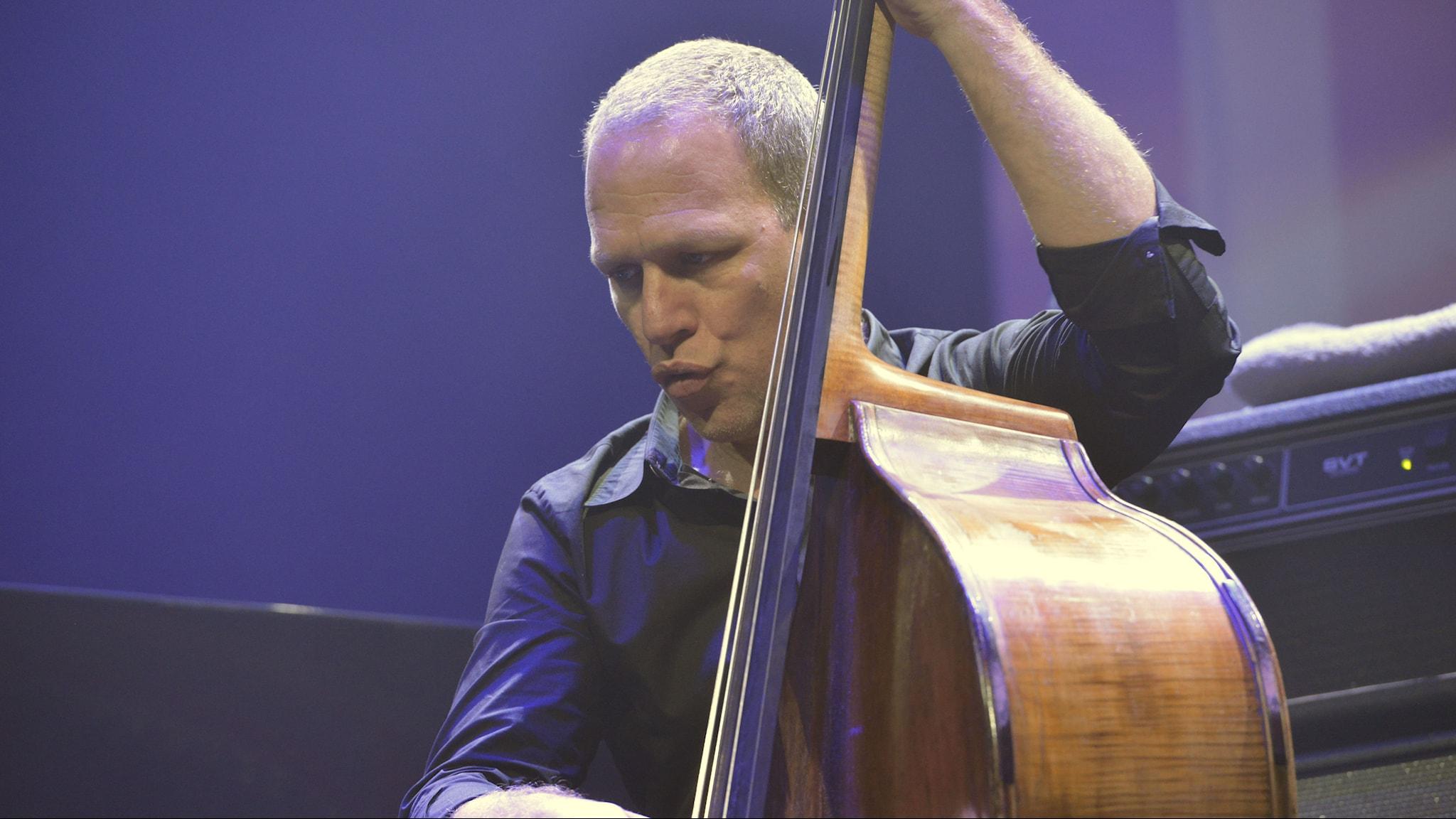 Ömsesidig kärlek mellan Avishai Cohen Trio och publiken