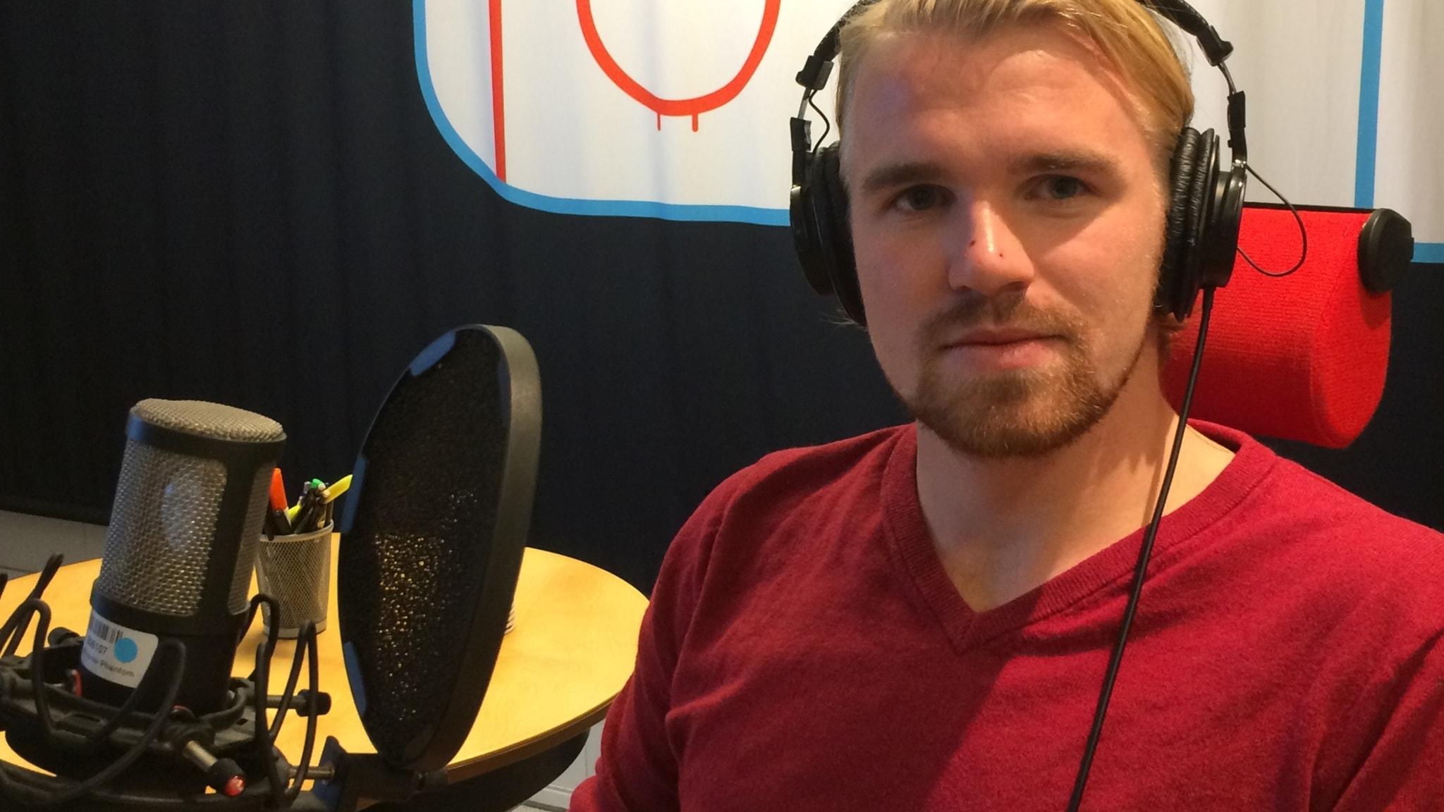 Huvudtacklingarna minskar i SHL - Fredric Anderberg om livet efter hjärnskakningen och råden till dagens hockeyspelare