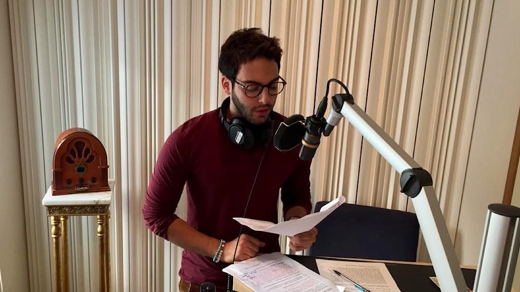 Veckans gästredaktör spelar duon som inspirerat hans låtar på svenska.