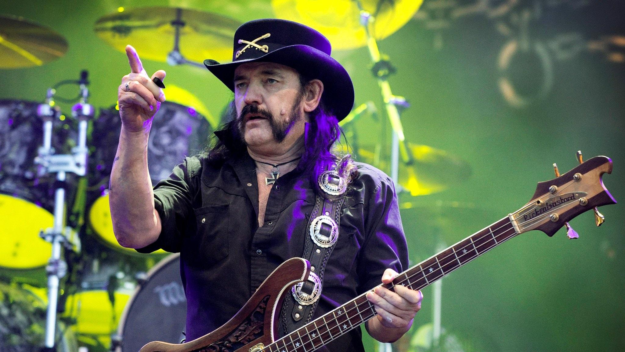 Från arkivet: P3 Rock porträtterar Lemmy i Motörhead 2000