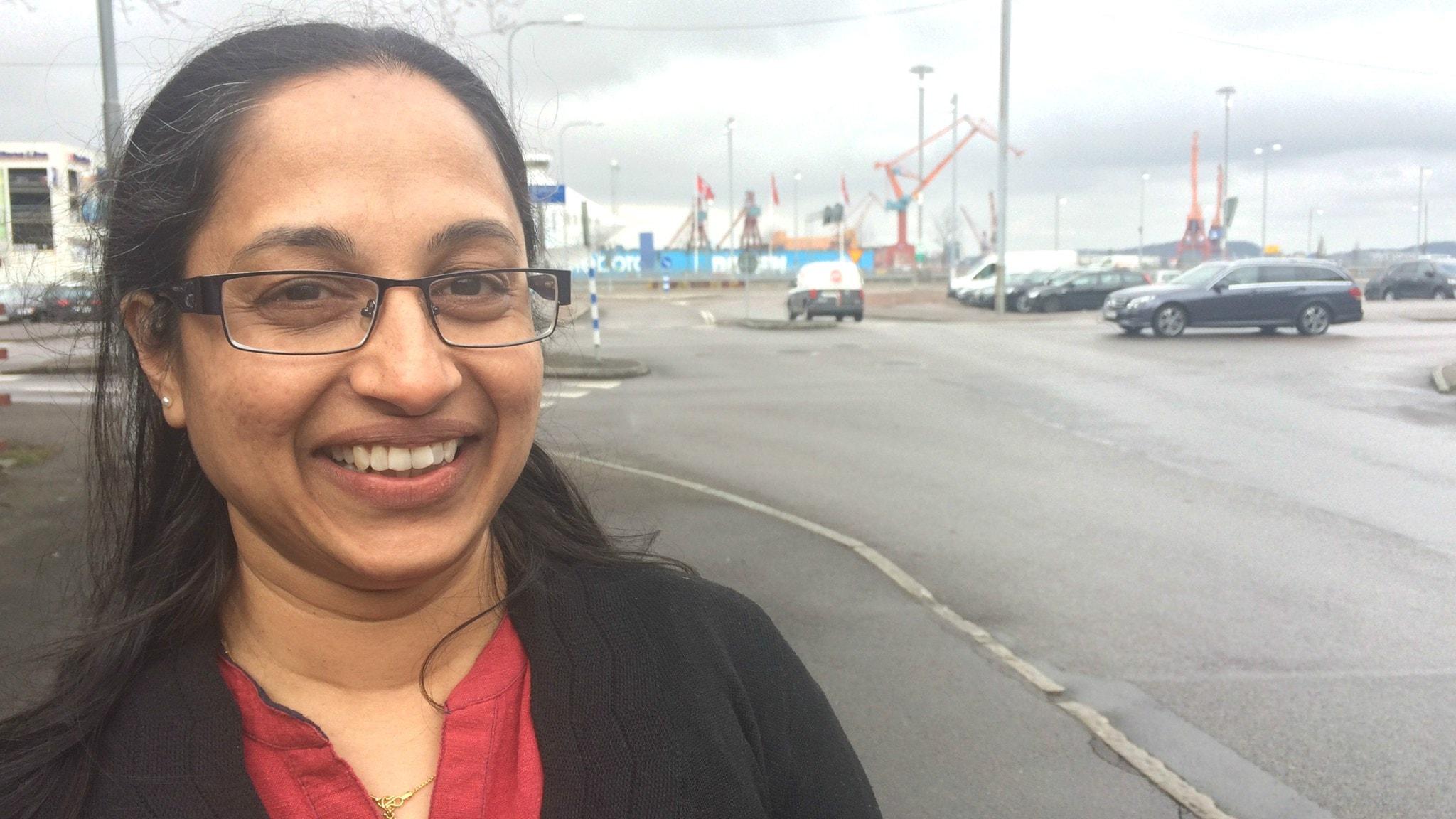 Sonia Sunny vill forska om kvinnors hälsa i Sverige