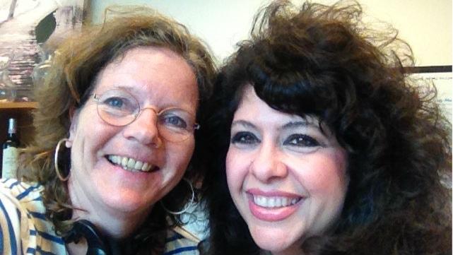 Angela Christiano forskar om  en hårsjukdom hon själv har