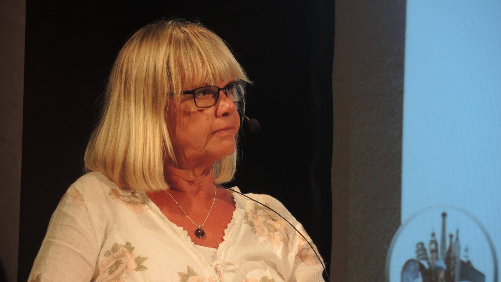 Margita Boström om ex-terroristens kärleksradio
